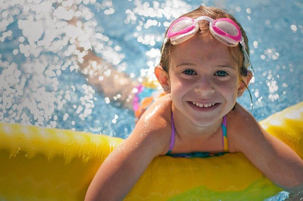 Piojos y piscinas